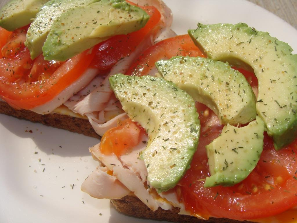 Turkey Sandwich with Avocado and Tomato