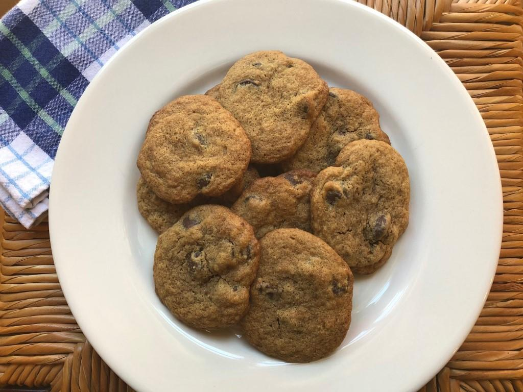 xanthan gum and gluten free chocolate chip cookie