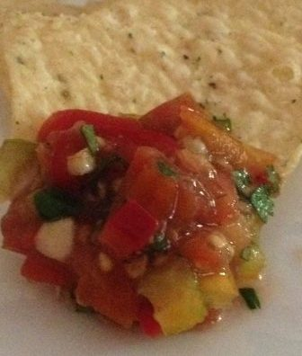 Easy heirloom tomato salsa