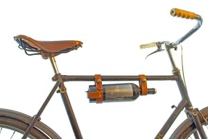 Cool food and wine lover gift idea: Bike wine rack